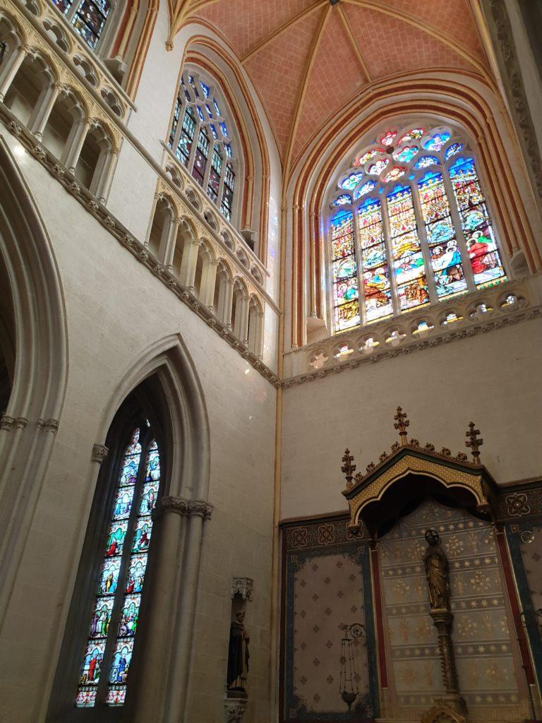 vitraux cathédrale quimper