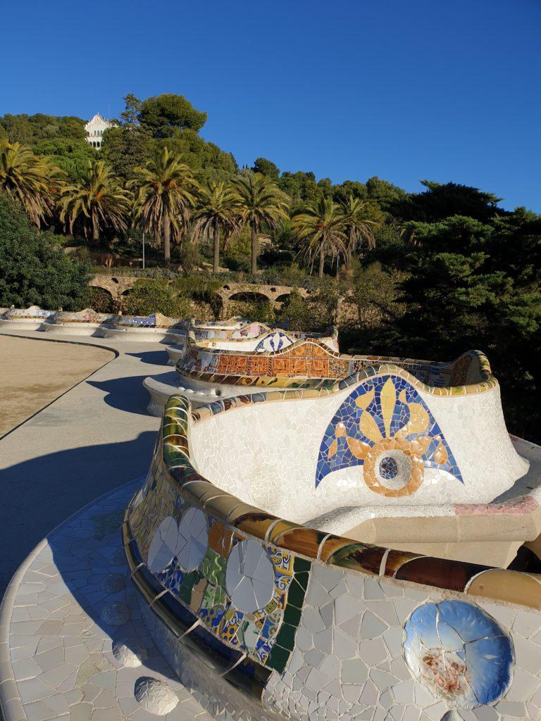 esplanade balustrade banquette parc Guell